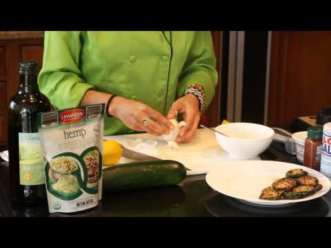 A Healthy, Creamy Garlic Dipping Sauce for Zucchini : Healthy & Delicious Food