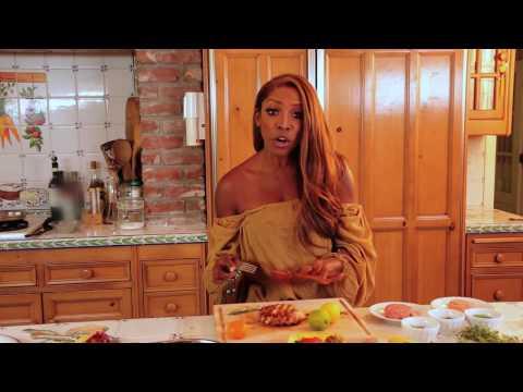 Lose 10 In 30: AJ's ABS -- Change Happens In The Kitchen | Livin' In The AJ Zone Ep. 1