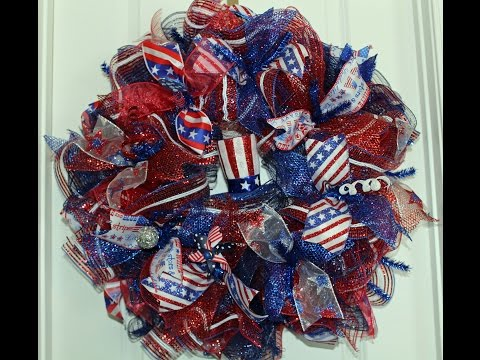 How to make a ruffle deco mesh wreath- Patriotic wreath to show off your patriotism