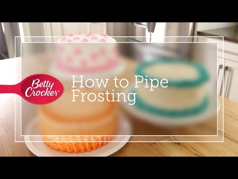 How to Pipe Frosting
