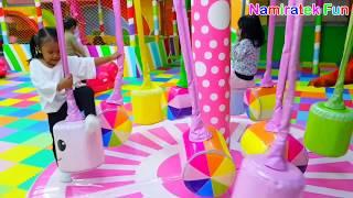 Bermain Mandi Bola Perosotan & Trampolin di Taman Bermain Anak Mainan Anak Kids Zone Playground