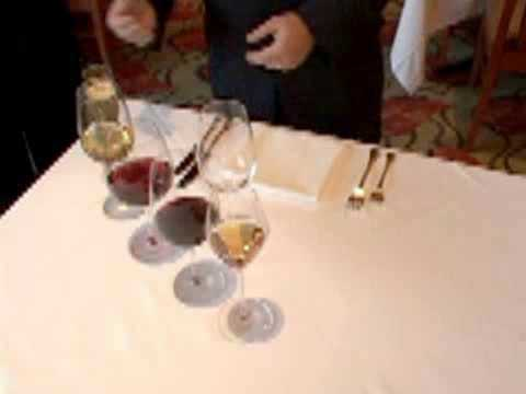 How to set a table with wine glasses - 2008-10-08