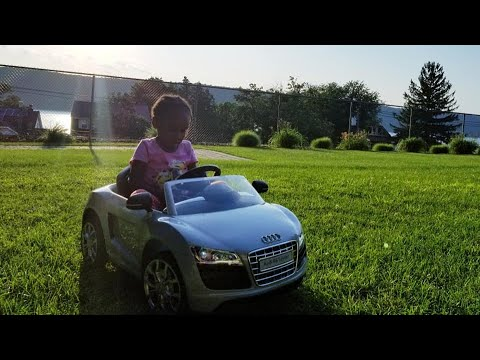 Audi R8 Spyder Mini Roll On Car  Review! Why it's getting returned!