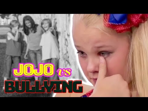 🎀 How Does JOJO SIWA Deal with BULLYING? ✋
