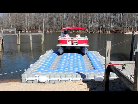 Dock Blocks™ Pontoon Boat Lift (Lake)