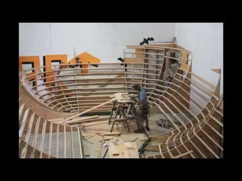 construction of the bowl. rampart skatepark. 2014.