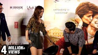 Sushant Singh Rajput Saves Kriti Sanon From WARDROBE MALFUNCTION