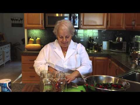 Vinegar Peppers: Step 1