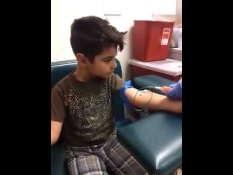 Brave 5yr old kid gets blood work! Lots of Blood. Phlebotomy blood draw using Butterfly on child