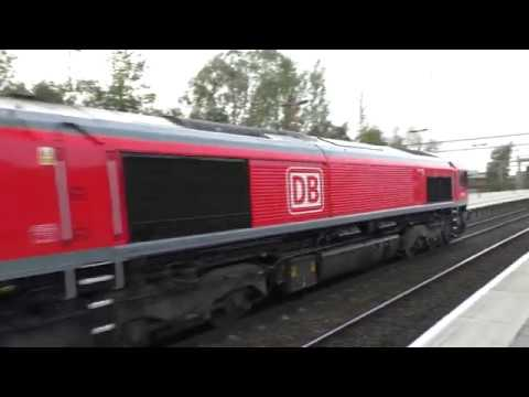 (HD) DB Cargo 66230 powers through Stafford working 6M48 - 17/10/17