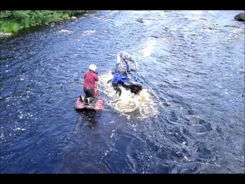 4 Wheeler attempts daring rescue in river