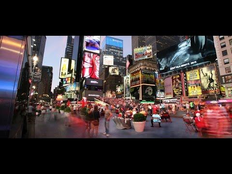 TIME SQUARE MANHATTAN NEW YORK.