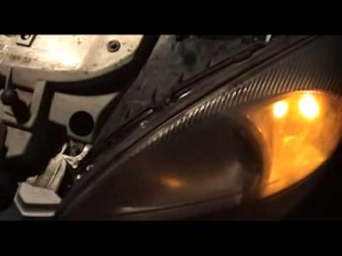 How to Change a Taurus Headlight or Turn Signal 00-07
