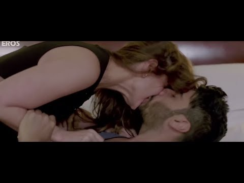Xxx Mp4 Kareena Kapoor Lip Lock Scene 3gp Sex