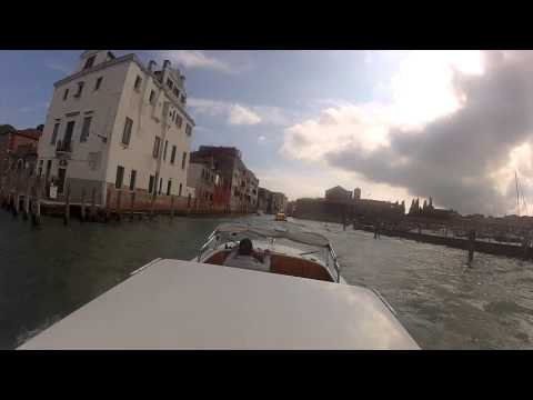 Private Water Taxi from Marco Polo Airport to Rialto Bridge in Venice