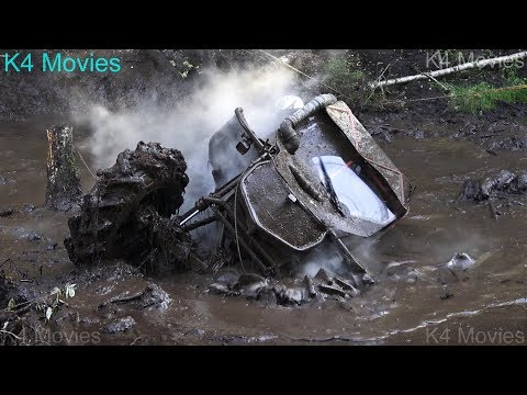 4x4 Off-Road vehicle race in wet mud forest | Antsumae 2017