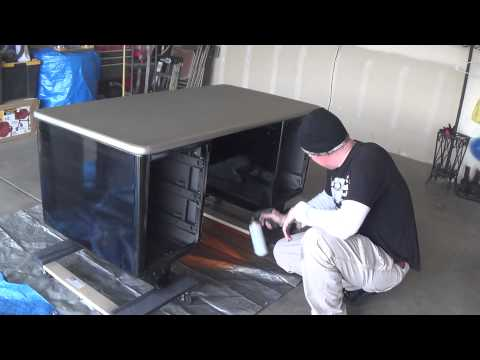 Thrift shop metal desk restore - Cheap and easy weekend project