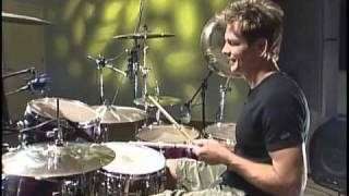 Available for instant download exclusively from Hudson Music - visit digital.hudsonmusic.com for more information!  Pat Torpey, known for his work with super band Mr Big, presents this video full of exercises, tips, interviews and performances  Pat covers topics such as walking grooves, linear grooves, paradiddle grooves, songwriting ideas and kick drum technique in this video, all while keeping his friendly, inviting personality in the forefront.