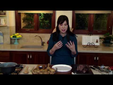 How To Slice Against The Grain and Plate a Brisket | JOY of KOSHER