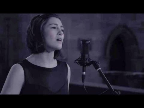 Leonard Cohen / Jeff Buckley - Hallelujah (Hannah Trigwell live cover)