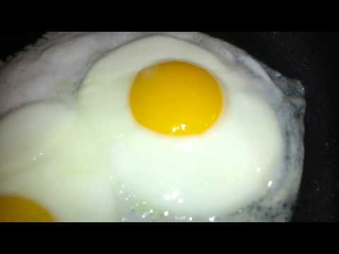 The perfect sunny side up egg