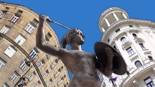 Warsaw's Unbombed Landmarks [Kult America]