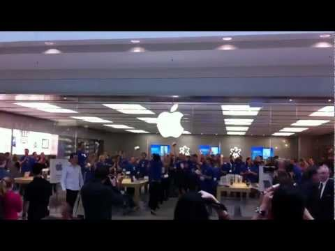 Apple Store Opening - Southland, Melbourne Australia