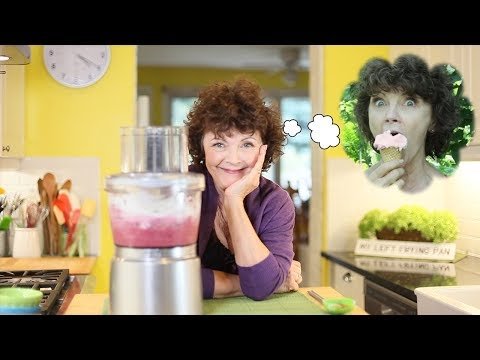Easy to Make Homemade Frozen Yogurt with Mairlyn Smith