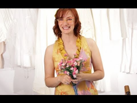 Budget Wedding Tips - How to Make a Silk Flower Bouquet