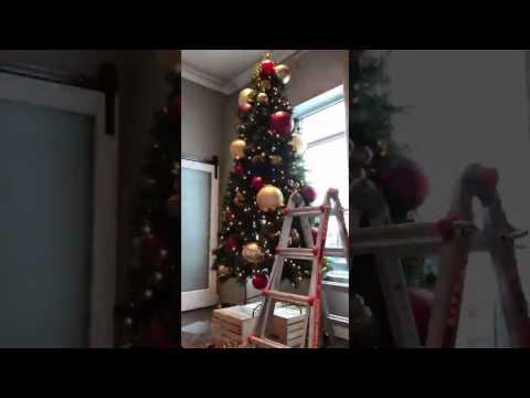 2 Easy Tips for a Designer Christmas Tree