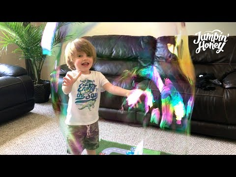 HOW TO MAKE GIANT BUBBLES  -  YOU WON'T BELIEVE THIS  - ACTIVITIES FOR KIDS
