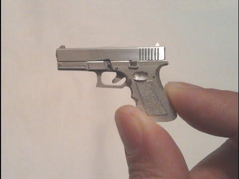 Miniature Glock 17 Pistol