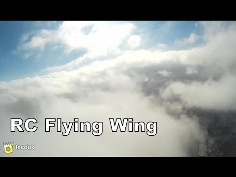 RC Flying Wing FPV over the clouds