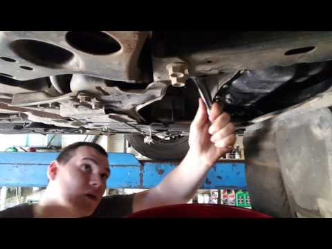 2013 Toyota Prius oil change