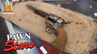 Pawn Stars: INFAMOUS WILD WEST REVOLVER Killed Jessie James *$250,000 PRICE!* (Season 8) | History