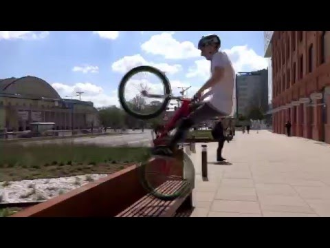 Awesome MTB Stunts around the city
