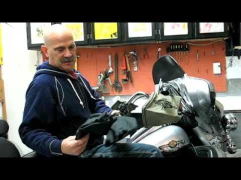 How to Keep Hands Warm in the Cold Weather while Riding a Motorcycle?