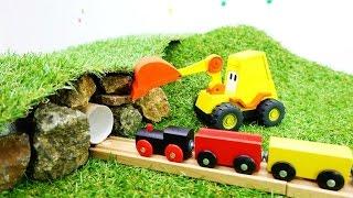 Spielzeug aus Holz - #MaxderBagger - Wir bauen einen Tunnel für den kleinen Zug