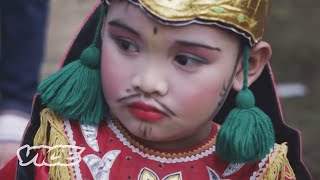 The Mass Circumcision Rituals of Indonesia