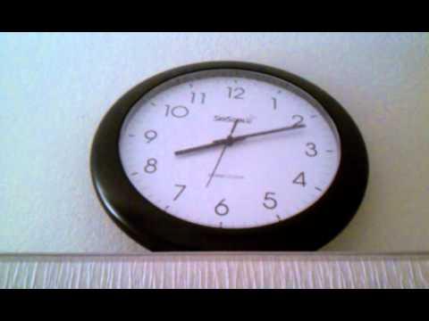 My atomic clock adjusting itself on DST end