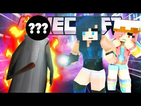 WHAT IS SHE HIDING? MINECRAFT GRANNY HORROR MAP!