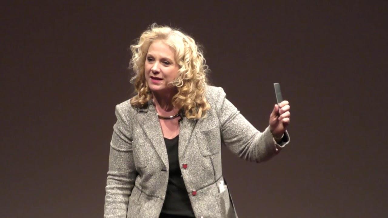 Reading Body Language    Janine Driver   TEDxDeerPark