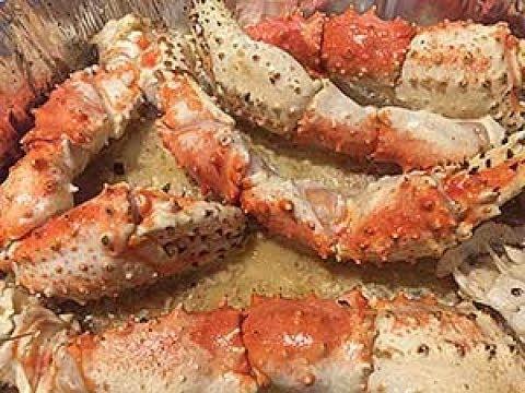 Mouthwatering Alaskan King Crab Legs in Garlic Butter
