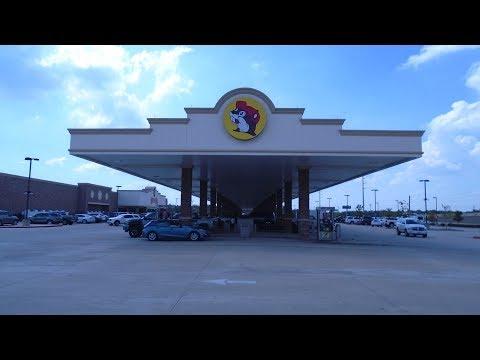 BUC-EE'S MEGA GAS STATION, BAYTOWN, TEXAS, U.S.A.