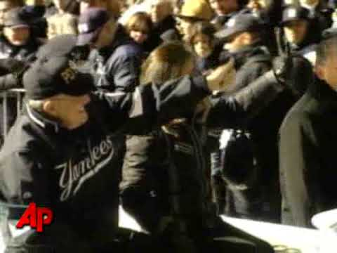 Raw Video: a Ticker Tape Parade in New York