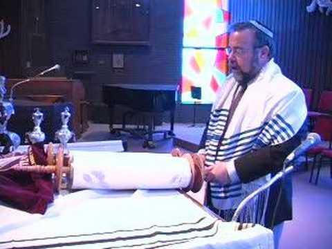 Torah Aliyah Honors 101 JewU 2 How to have an aliyah honor to the Torah Rabbi jonathan Ginsburg