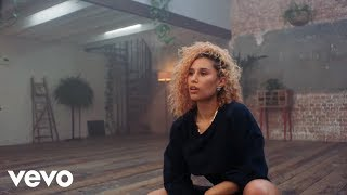 RAYE - Confidence (Official Video) ft. Maleek Berry, Nana Rogues