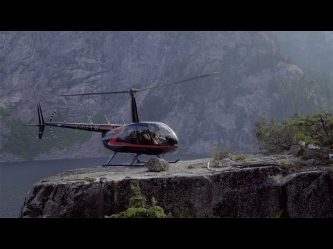 Helicopter Landing: Edge of a Cliff - day in the life of Bradley Friesen - Mountain Flying