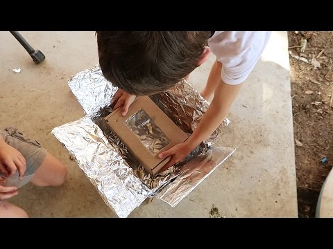 Kids Build A Solar Oven