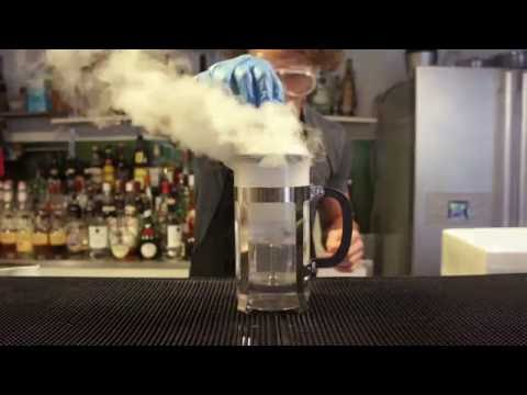 Dry ice cocktails with the Mixology Group